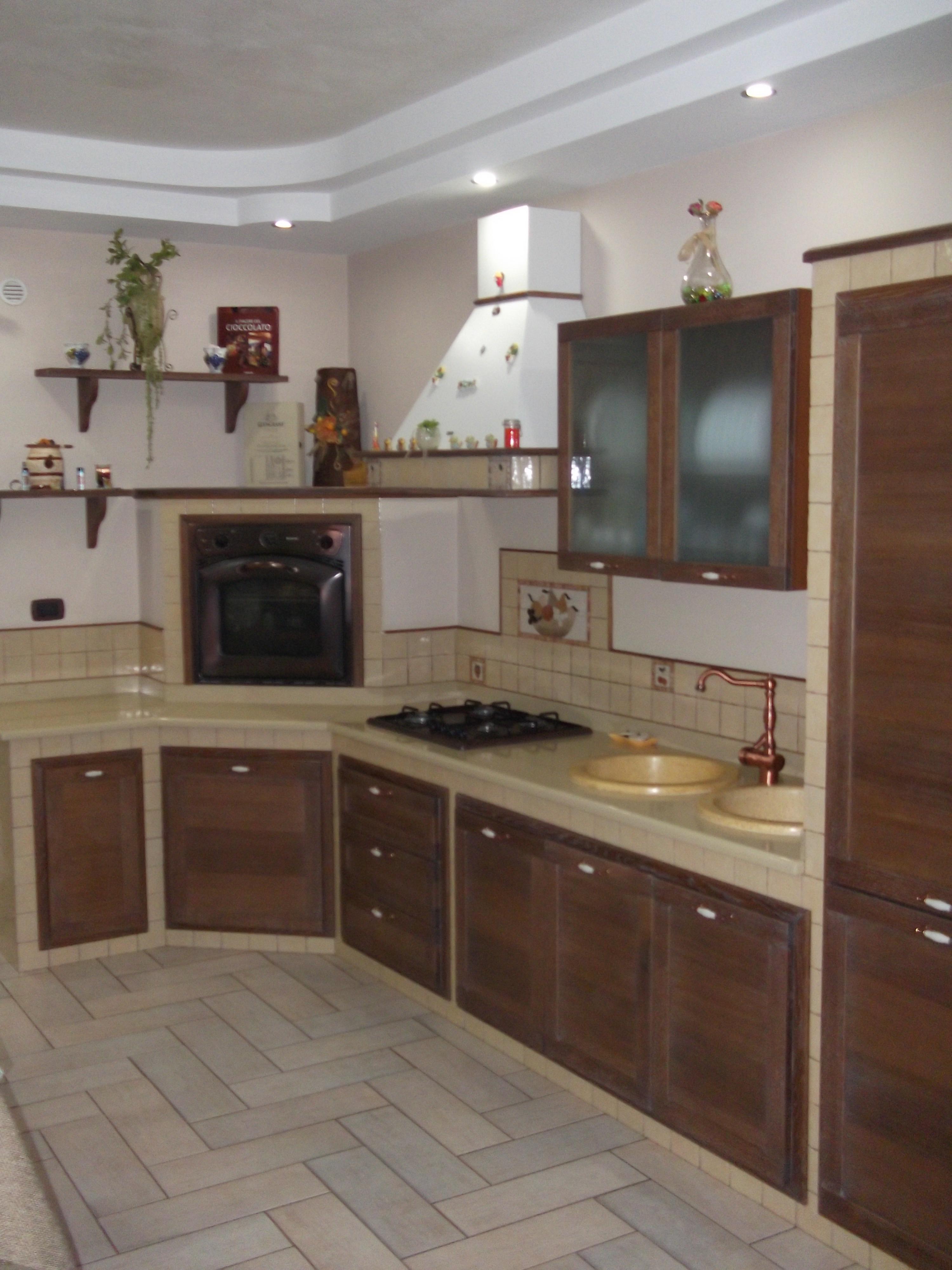 Piccole cucine in muratura fabulous cucine in finta for Cucine in muratura